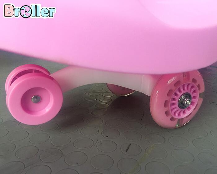 Xe lắc tay Broller 8099B cho bé 10