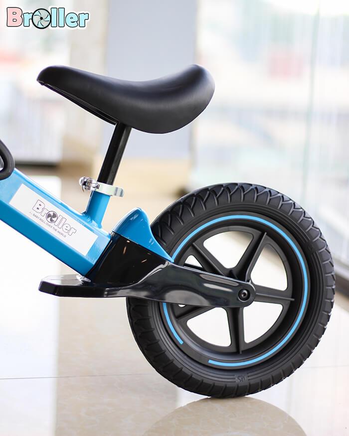 Xe đạp cân bằng cho bé HD-100D 9