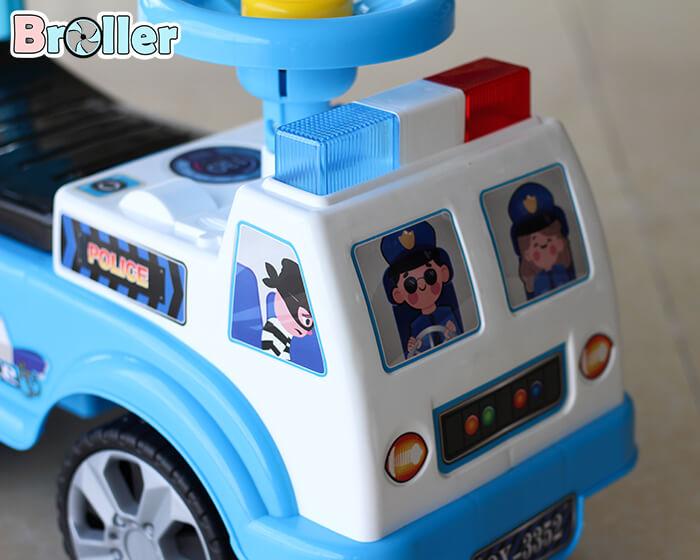 Xe chòi chân cảnh sát 3352 4