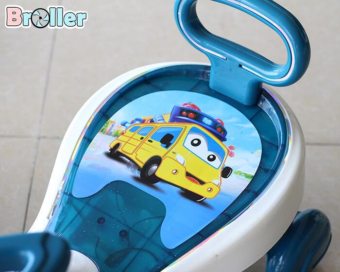 Xe lắc có nhạc cho bé Broller 630 12