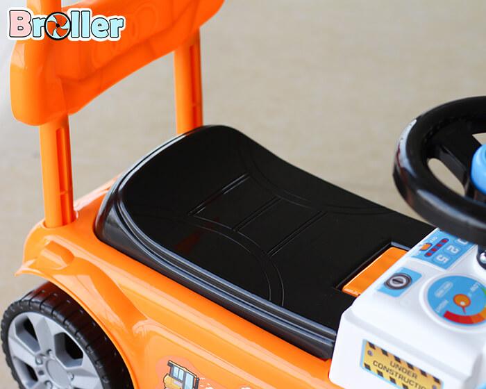 Xe ủi chòi chân cho trẻ 3355 7